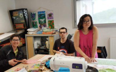 Atelier couture au foyer d'hébergement de Clairvaux