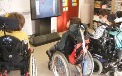 A l'IEM Les Babissous, la Fondation Orange finance un tableau interactif !